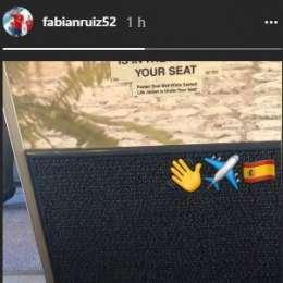 FOTO – Fabian Ruiz in volo verso Napoli: ecco lo scatto in aereo