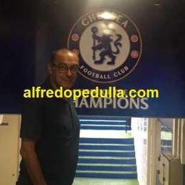 FOTO – Sarri emozionato a Stamford Bridge: gli scatti nel giorno della firma col Chelsea