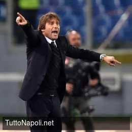 """Chelsea, Conte saluta e lascia a Sarri: """"Spero che l'anno prossimo sia ricco di successi"""""""