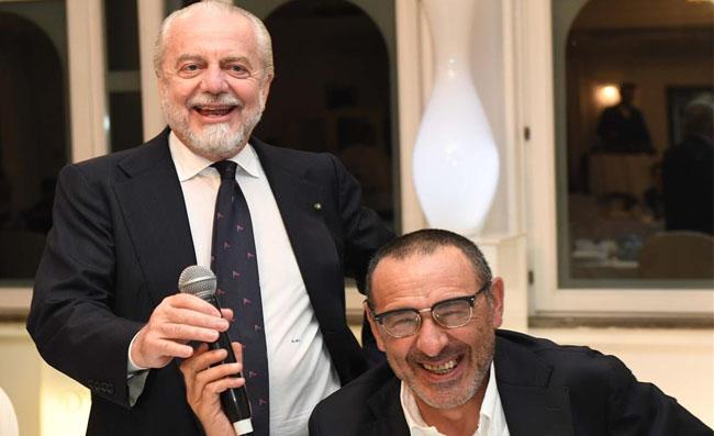 RETROSCENA – Sarri non disse la verità a De Laurentiis, così partì l'assalto ad Ancelotti