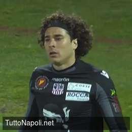 Ochoa forza la mano per passare al Napoli, ma lo Standard vuole tenerlo per il ritorno dei preliminari Champions