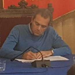 De Magistris non vuole più parlare con ADL: i motivi dell'insofferenza del sindaco
