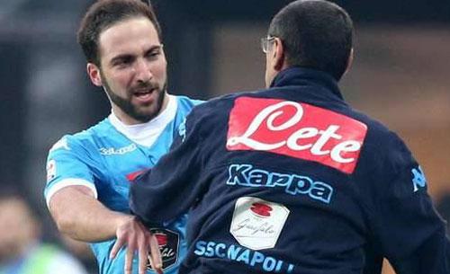 """Sarri: """"Higuain non ha tradito Napoli, è andato via per un solo motivo! Sms con Ancelotti"""""""