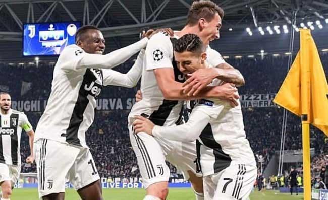 """Da Torino attaccano: """"A Napoli hanno urlato ladri e mariuoli alla Juve, ma gli episodi arbitrali…"""""""