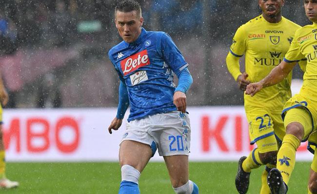 """Napoli """"Paperino"""" della Serie A, che jella! I pali colpiti hanno cambiato la classifica"""