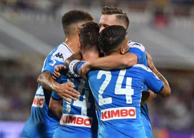 Il Napoli batte la Fiorentina 4-3. Insigne ammutolisce il Franchi. Montella imbufalito