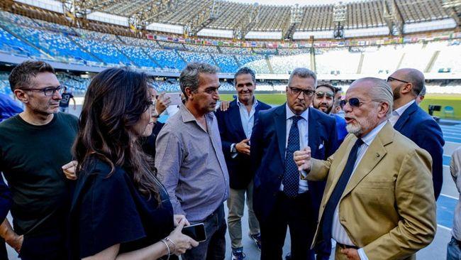 """De Laurentiis: """"Fare le cose all'ultimo minuto, è una prerogativa di Napoli. Lunedì firmeremo la convenzione"""""""