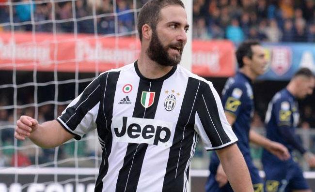 Higuain ha vinto, Juventus battuta: Sarri, il fratello Nicolas e il prossimo club di Gonzalo