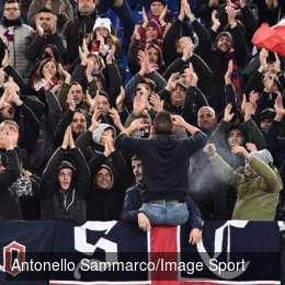 Il Cagliari affonda il Genoa, i sardi si impongono nel finale e Zapata pasticcia