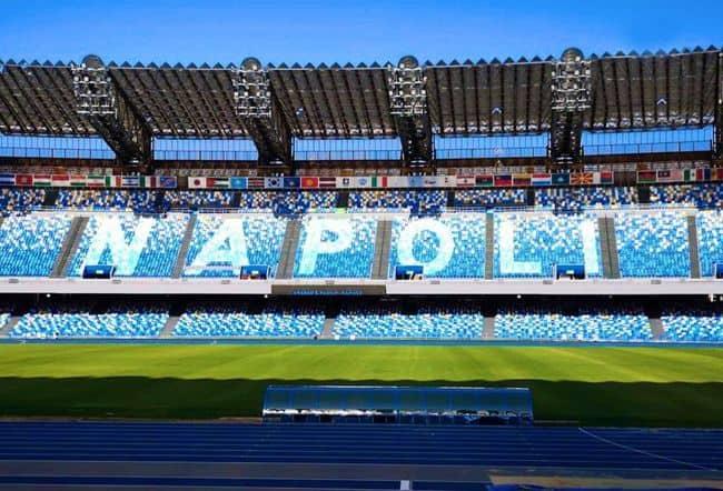 """Il comune: """"ecco il video degli spogliatoi, sono in ottimo stato,  e la scritta Napoli nei distinti"""""""