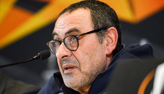 """Sarri: """"La Juve non vince per gli aiuti ma per la mentalità. Quando ero a Napoli ci hanno dato 10 punti di distacco"""""""