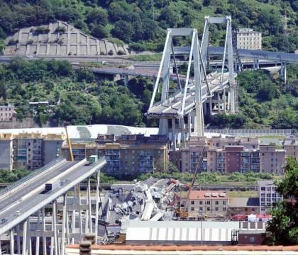 Ponte Morandi, il Tar difende Autostrade. Illegittimo escluderla dalla ricostruzione