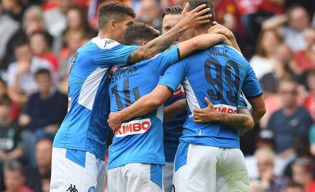 """La Stampa: """"Sicuri che i calciatori non stiano giocando contro Ancelotti? Insigne indisponente"""""""