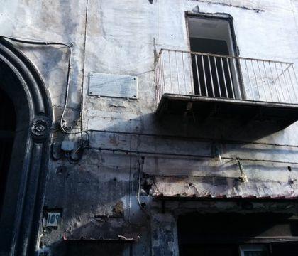 """Libero: la casa di Totò dimenticata dai napoletani e dalle istituzioni (che """"tacciono e ronfano"""")"""