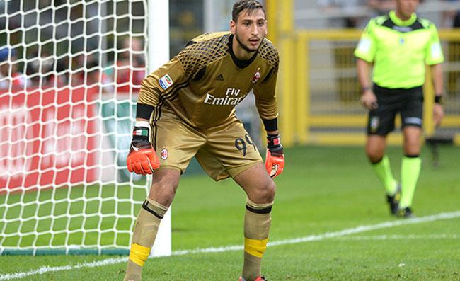 Milan, inizio shock contro l'Udinese: papera di Donnarumma, la reazione di Zlatan Ibrahimovic