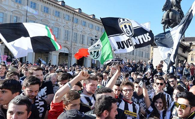 """Balice: """"Coronavirus, qui a Lione due tifosi napoletani della Juventus indosseranno le mascherine"""""""