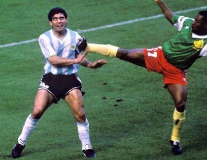 Maradona disse: «Grazie a me i milanesi hanno smesso di essere razzisti e hanno tifato per gli africani»