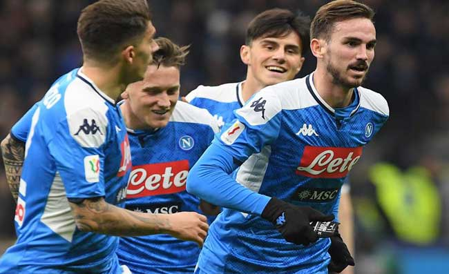 PRIMA PAGINA CORRIERE – Calcio tutte le sere! Napoli-Inter, cambia la data?