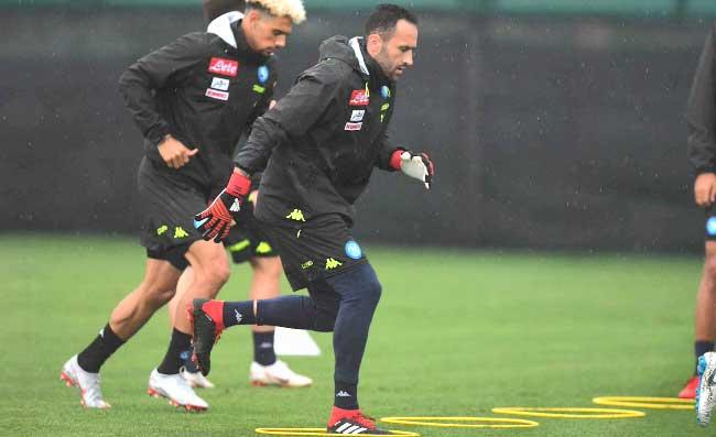 """Ospina: """"Il Napoli ha il migliore in Italia. Ho parlato con Donnarumma, è un bel ragazzo"""""""