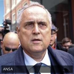 Lazio, Lotito non risponderà a Le Iene sul caso Zarate e annuncia la querela