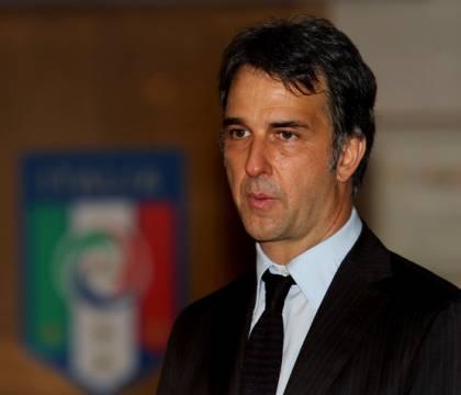"""Vicepresidente Uefa: """"Non è pensabile riaprire gli stadi ora"""""""
