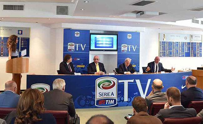 """Serie A, lettera al Governo: """"Il sistema rischia il collasso, abbiamo già perso 600 milioni"""""""
