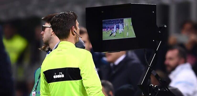 L'arbitro Maresca  quante sviste a favore della Juve. Qualcuno la chiama sfortuna…