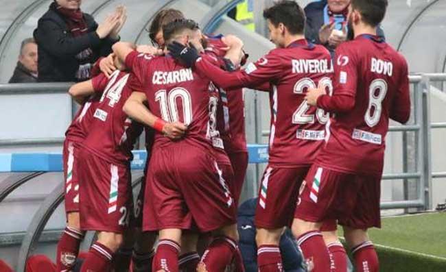 """Salernitana-Reggiana, Foschi: """"Ingiusto sconfitta a tavolino ad una squadra colpita dal Covid-19"""""""