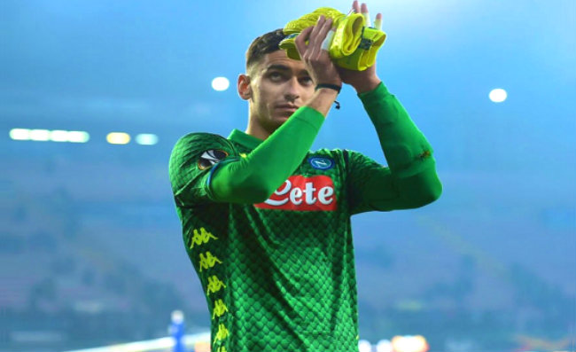 """Sassuolo-Napoli, De Laurentis all'arbitro: """"Ma Meret può indossare la maglia verde?"""""""