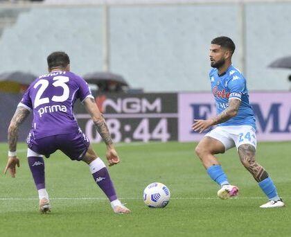 Il Napoli batte la Fiorentina, i propri fantasmi, i complottisti e ora vede la Champions