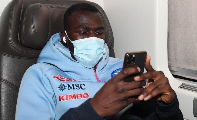 Koulibaly da brividi, ha raggiunto Firenze in auto per essere vicino ai compagni