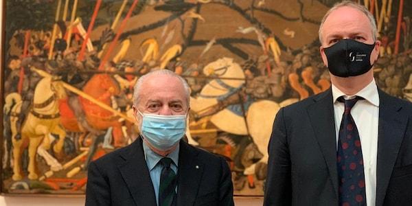 Napoli, De Laurentiis in visita agli Uffizi