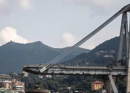 Ponte Morandi, le mail del 2015: «Non ci passerei neppure se fossi una formica»
