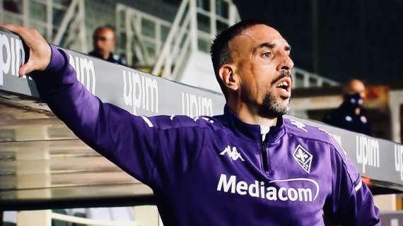 Ribery incita Terracciano e il portiere viola para il rigore a Insigne