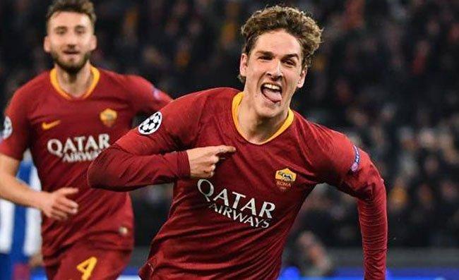 Roma, sfottò di Zaniolo alla Lazio dopo il derby vinto. Il post diventa virale