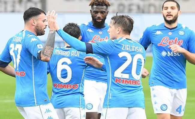 """Il Napoli esulta e lancia una frecciata alla Juve? """"2-0 secco e inequivocabile"""""""