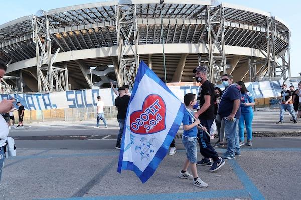 Napoli, saltata la cerimonia per lo stadio Maradona