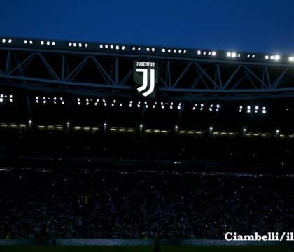 Tuttosport: solo lo Stadium aprirà al 50%, il Maradona e gli altri al 33%