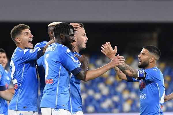 """Napoli, Lazzaroni: """"Orgogliosi di ospitare ancora gli azzurri"""""""