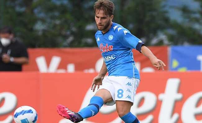 Cosenza-Crotone, match tra due giocatori in prestito dal Napoli