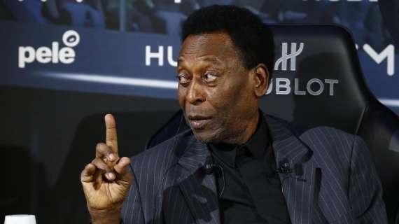 """Pelé sta meglio, la figlia rassicura: """"Fatti diversi passi negli ultimi giorni"""""""
