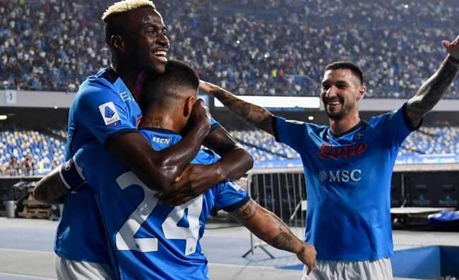 """SSC Napoli: """"Sei bellissimo! Gli azzurri si godono l'attico del campionato"""""""